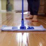 Čistenie podlahy v domácnosti